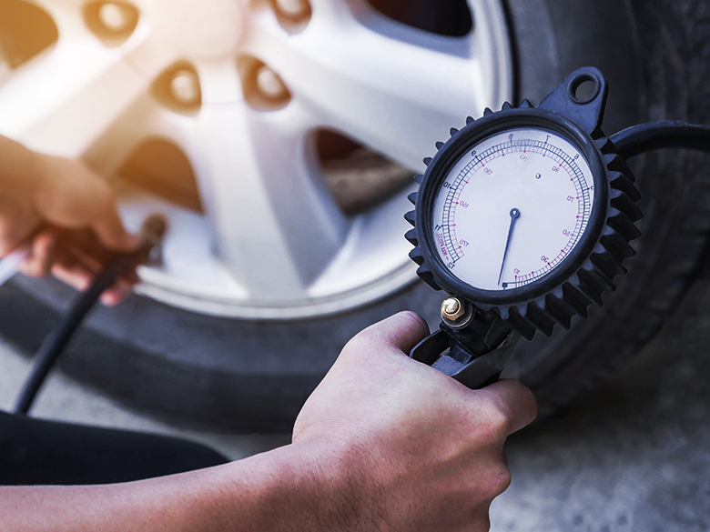 Car Service And Repair Tips: Best Fuel Economy Tips For Winter