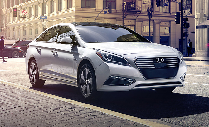 Hello New Hybrid! Hyundai Sonata Car Review