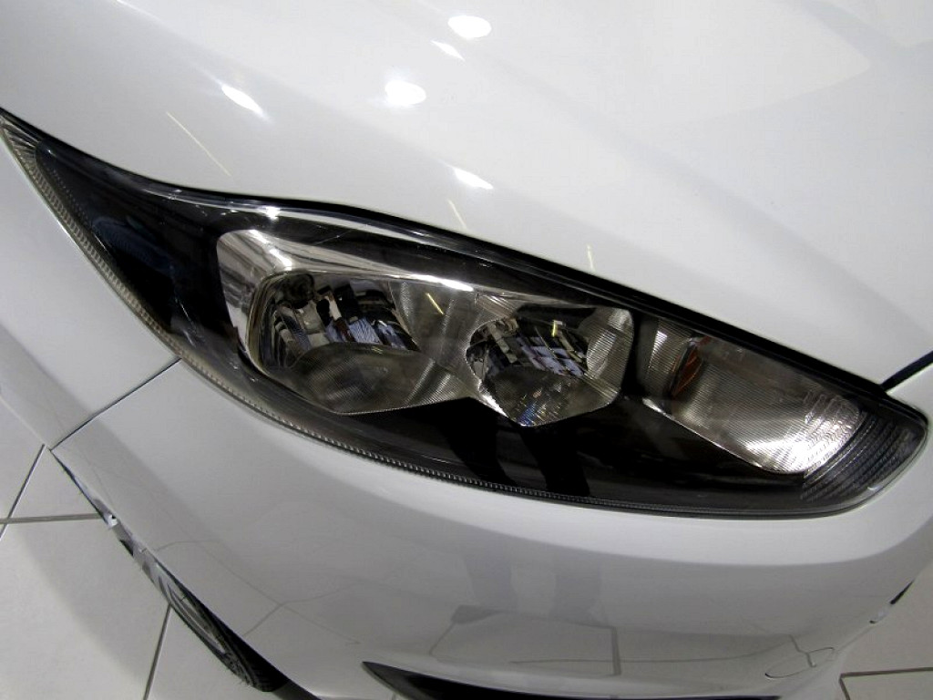 FORD 1.4 AMBIENTE 5 Dr Pinetown 11325717