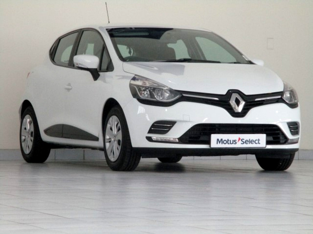 RENAULT IV 900T AUTHENTIQUE 5DR (66KW) George 0312859
