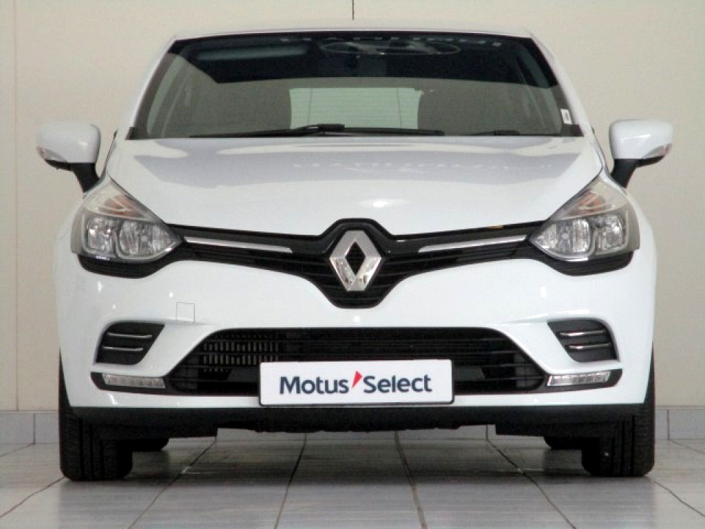 RENAULT IV 900T AUTHENTIQUE 5DR (66KW) George 8312859