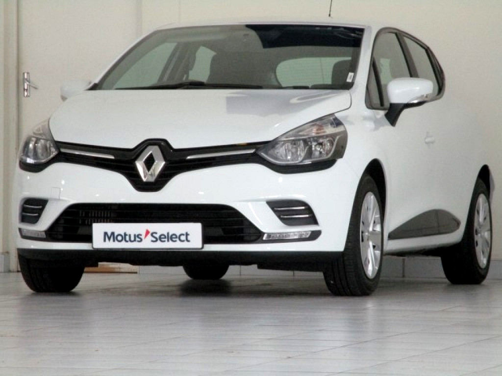 RENAULT IV 900T AUTHENTIQUE 5DR (66KW) George 1312859