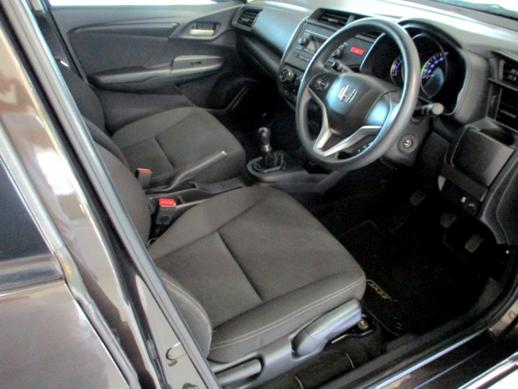 HONDA 1.5 EXECUTIVE George 4324790