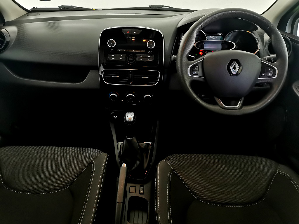 RENAULT IV 900T AUTHENTIQUE 5DR (66KW) Nelspruit 10314788