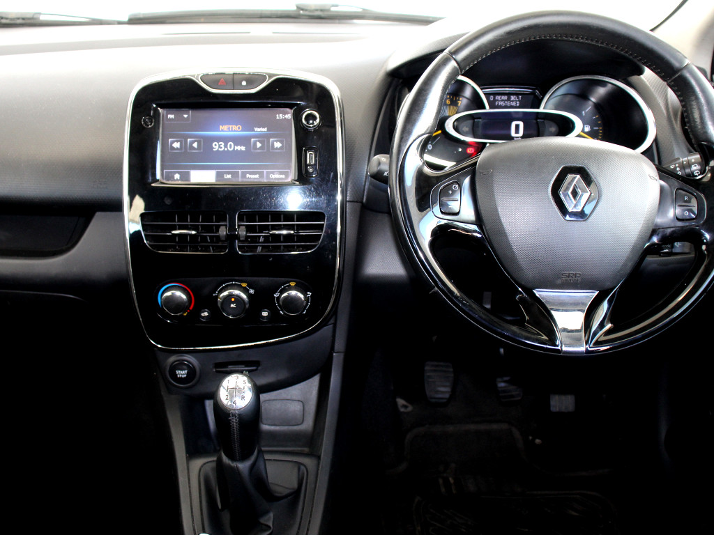 RENAULT IV 900 T EXPRESSION 5DR (66KW) Cape Town 15332999