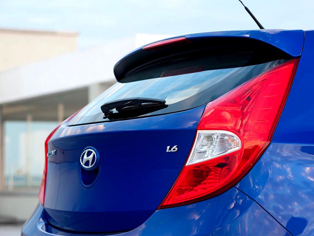 Hyundai ACCENT HATCH