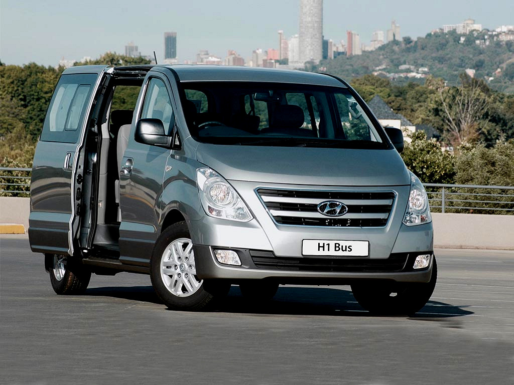 2017 hyundai h1 my15 2 4 cvvt gls 9 seater bus minibus. Black Bedroom Furniture Sets. Home Design Ideas