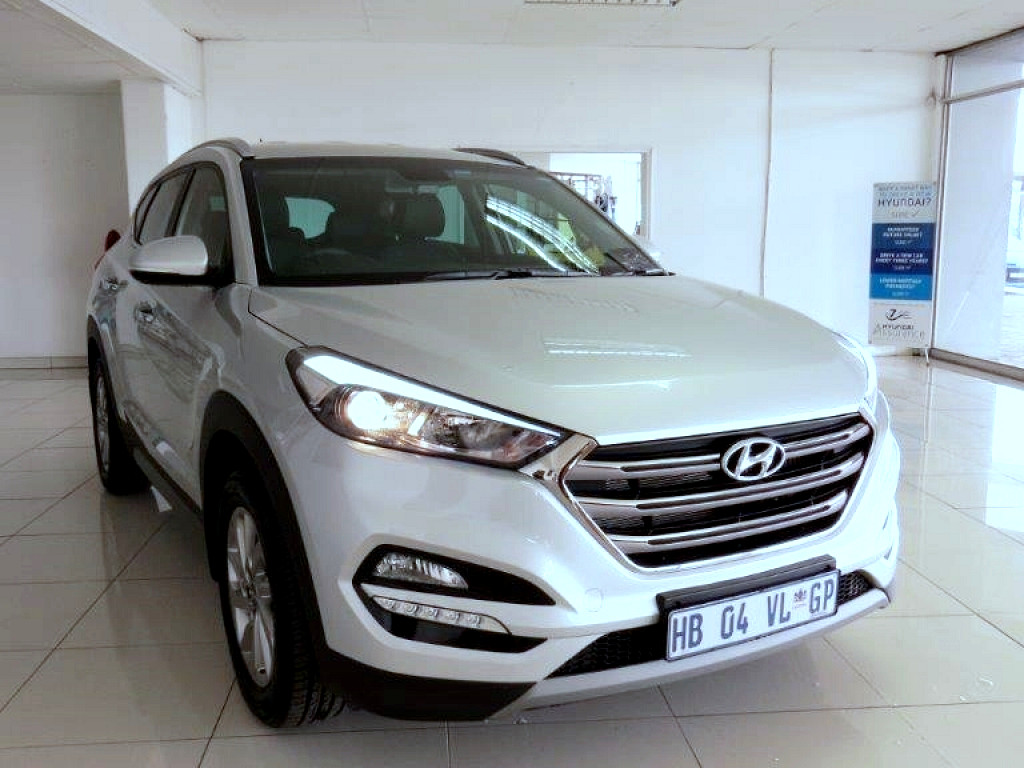 2017 hyundai tucson 1 7 crdi executive at imperial select vereeniging. Black Bedroom Furniture Sets. Home Design Ideas