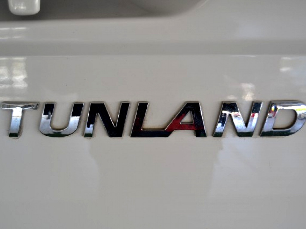 2018 TUNLAND 2.8 S/C 4X2 OFFROAD COMFORT