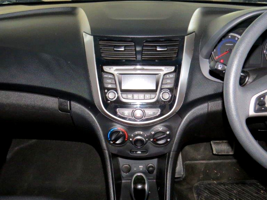 2016 Hyundai Accent 1 6 Fluid Auto Hatch At Imperial