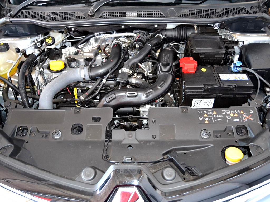 2017 Captur PH2 88kW Turbo Dyn EDC