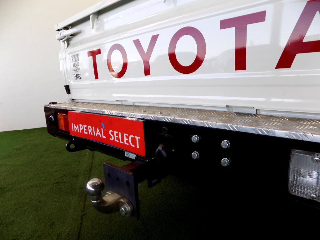 2017 Toyota Land Cruiser 79 4.0P P/U S/C