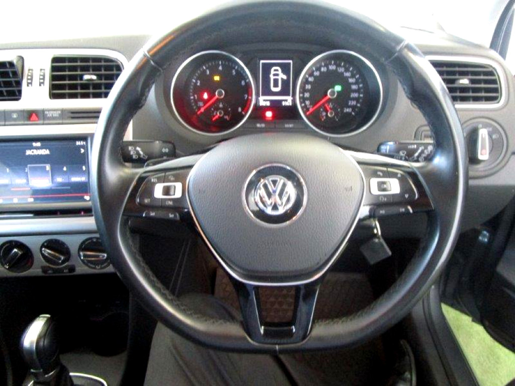 2016 VOLKSWAGEN POLO 1.2 TSI HIGHLINE DSG