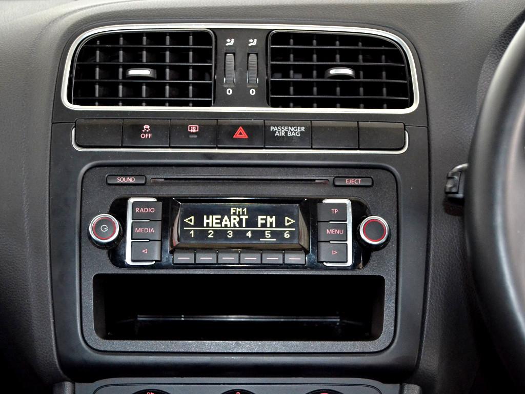 2012 VW POLO 1.6 TDi COMFORTLINE