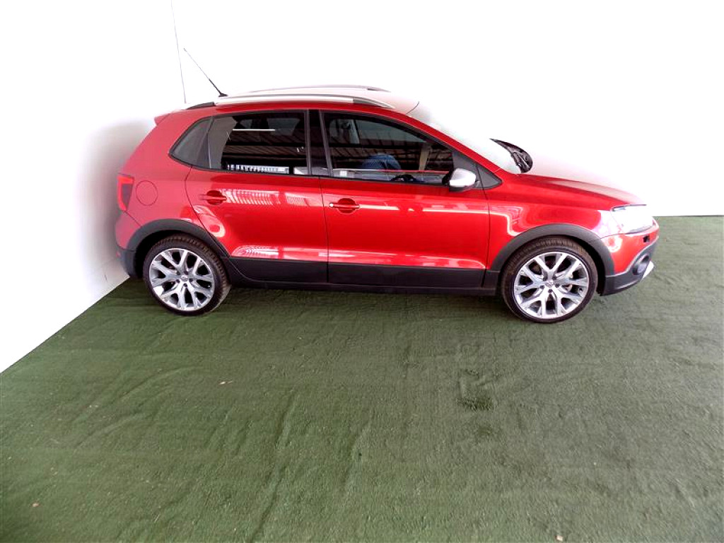 2016 VOLKSWAGEN POLO CROSS 1.2 TSI