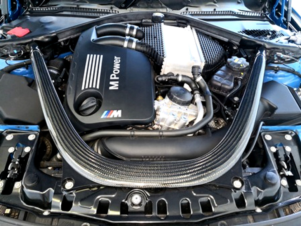 2015 BMW 4 SERIES M4 CONVERTIBLE M‑DCT (F83)