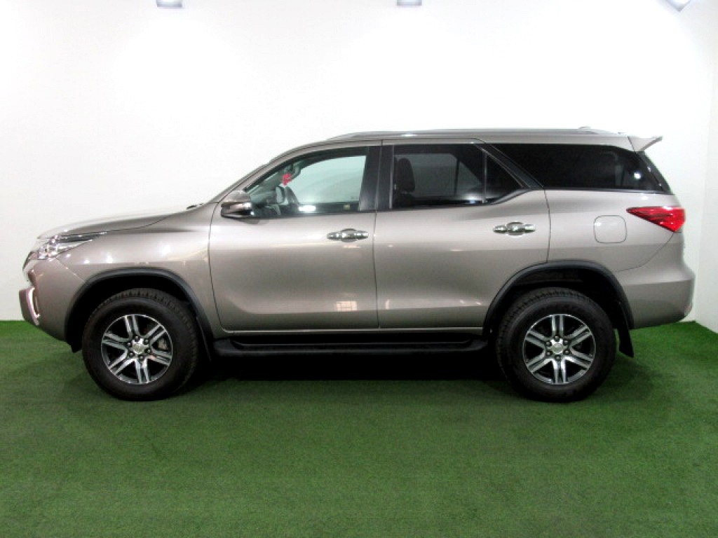 2016 TOYOTA FORTUNER 2.4 GD‑6 A/T