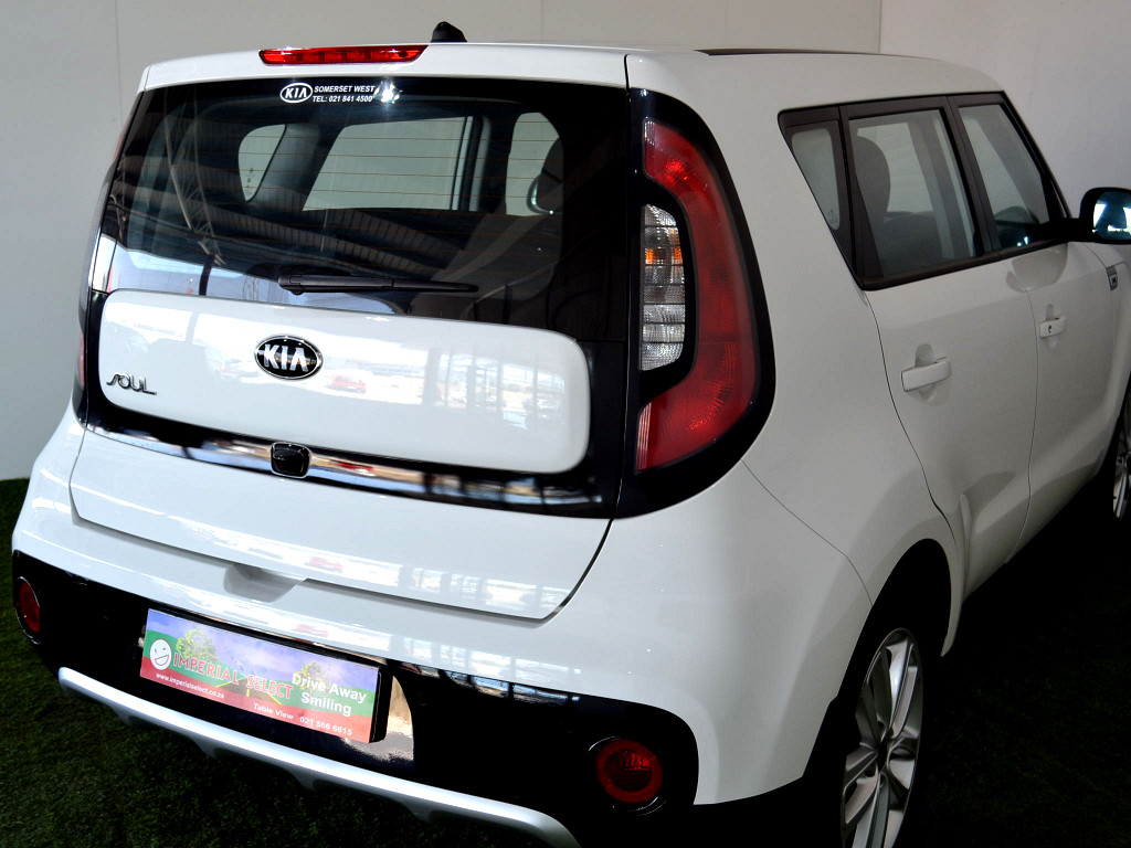 2017 kia soul 1 6 start auto at imperial select somerset west. Black Bedroom Furniture Sets. Home Design Ideas