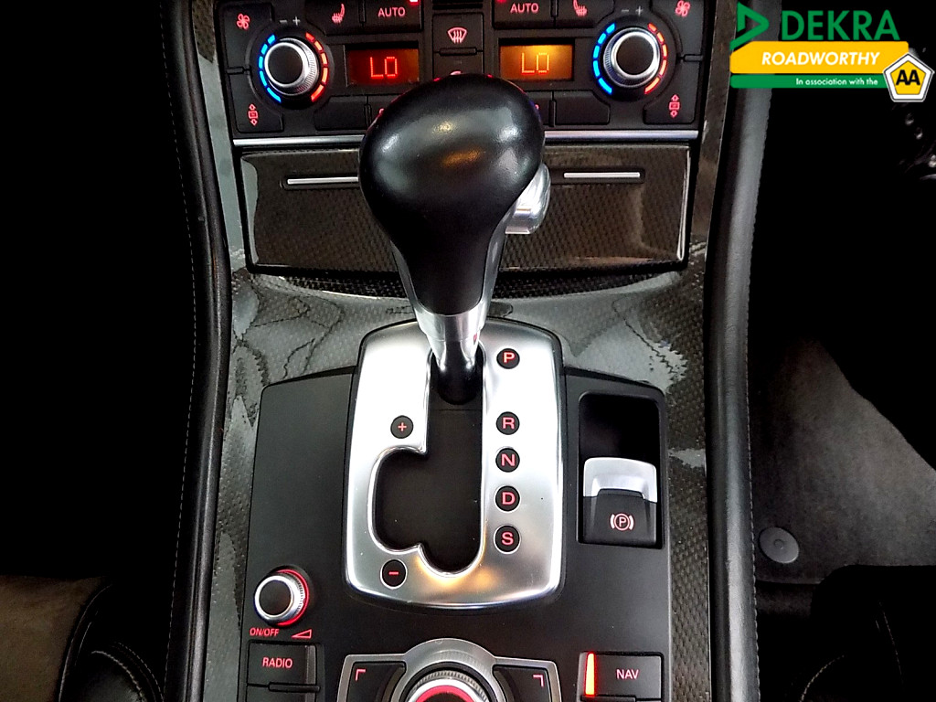 2007 AUDI S8 Quattro A/T