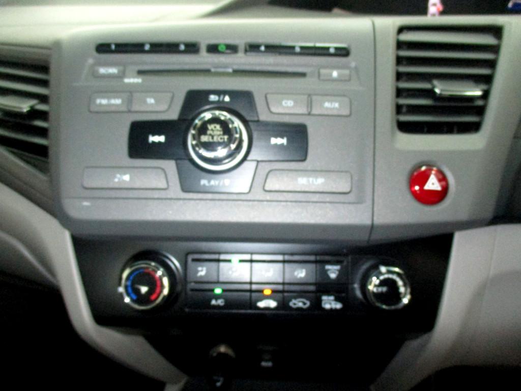 2013 HONDA CIVIC 1.8 COMFORT AUTO