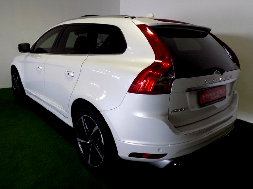 2015 VOLVO  XC60 D4