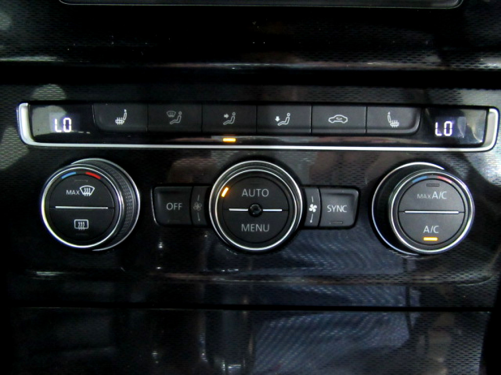 2016 Volkswagen Golf VII GTI 2.0 TSI DSG
