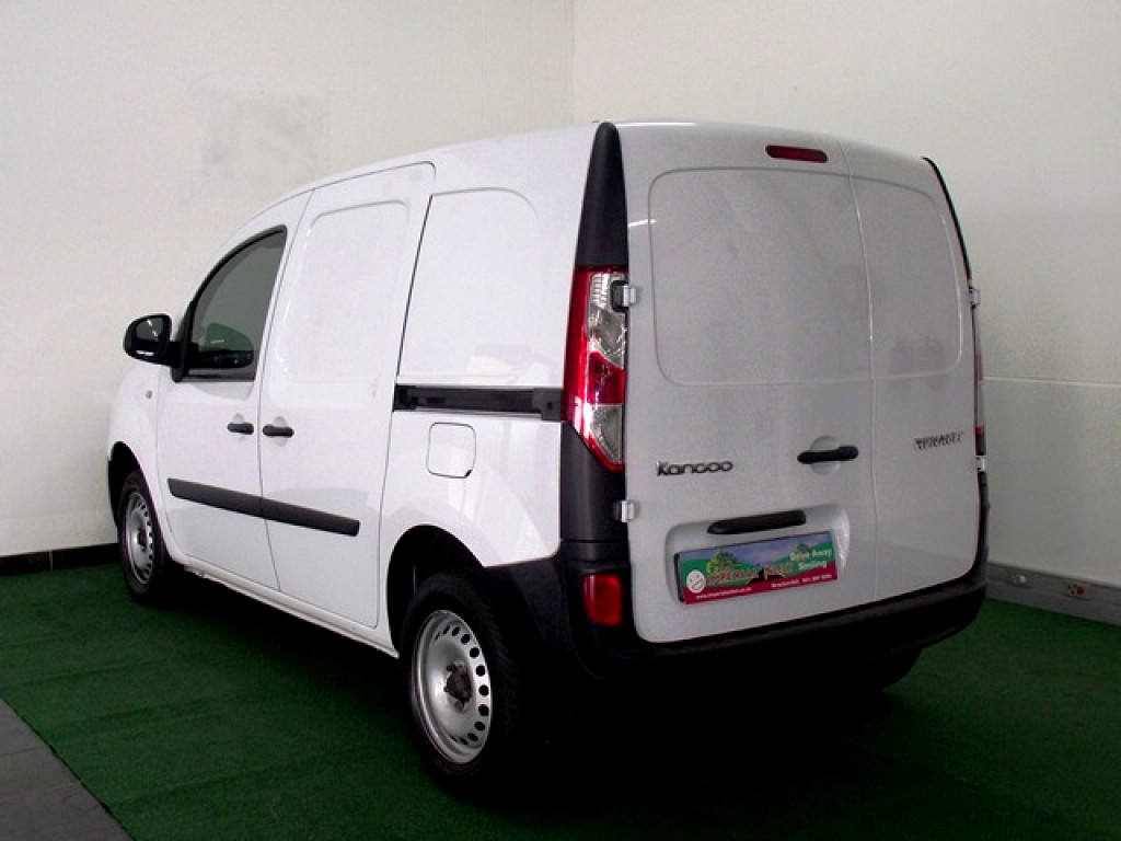 2016 renault kangoo express 1 6 at imperial select brackenfell. Black Bedroom Furniture Sets. Home Design Ideas