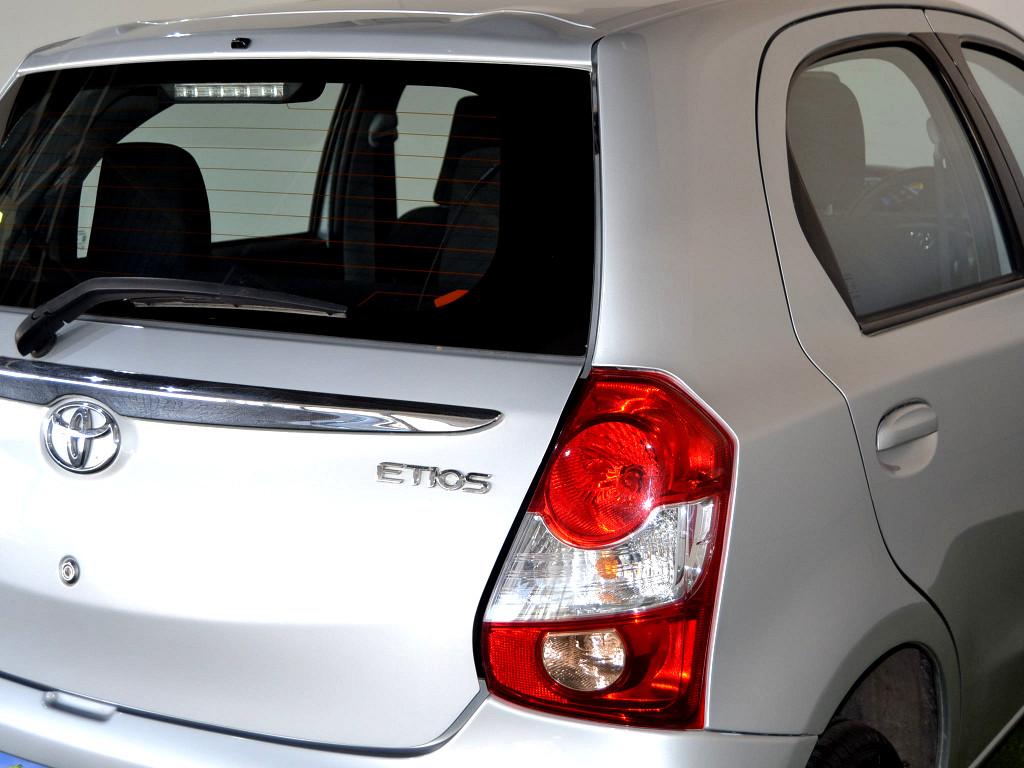 2016 TOYOTA ETIOS 1.5 Xs 5‑DOOR