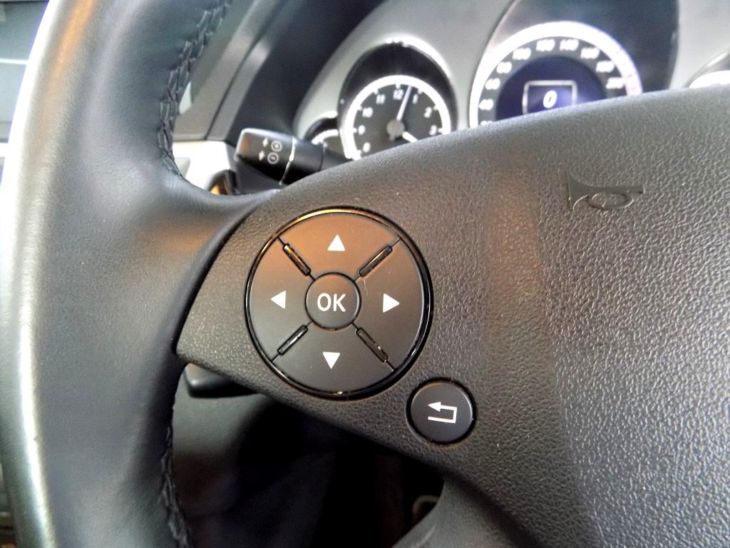 2011 MERCEDES BENZ E200 CGI BE