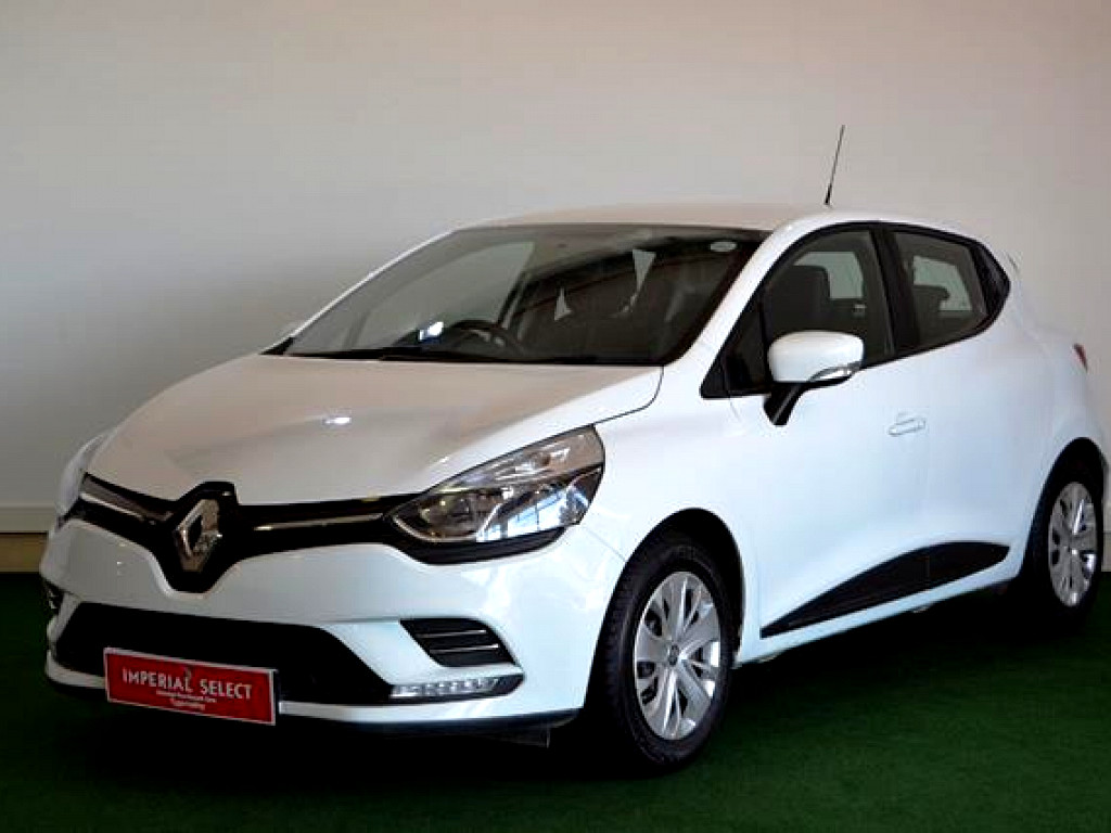 2017 renault clio 4 0 8 blaze limited edition turbo at imperial select tygervalley. Black Bedroom Furniture Sets. Home Design Ideas
