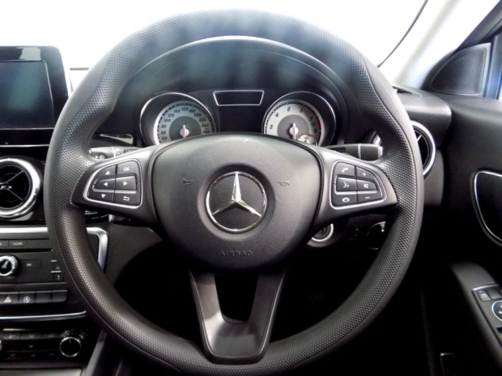 2015 Mercedes‑benz Cla200
