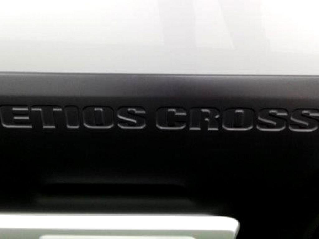 2016 TOYOTA ETIOS CROSS 1.5 XS 5DR