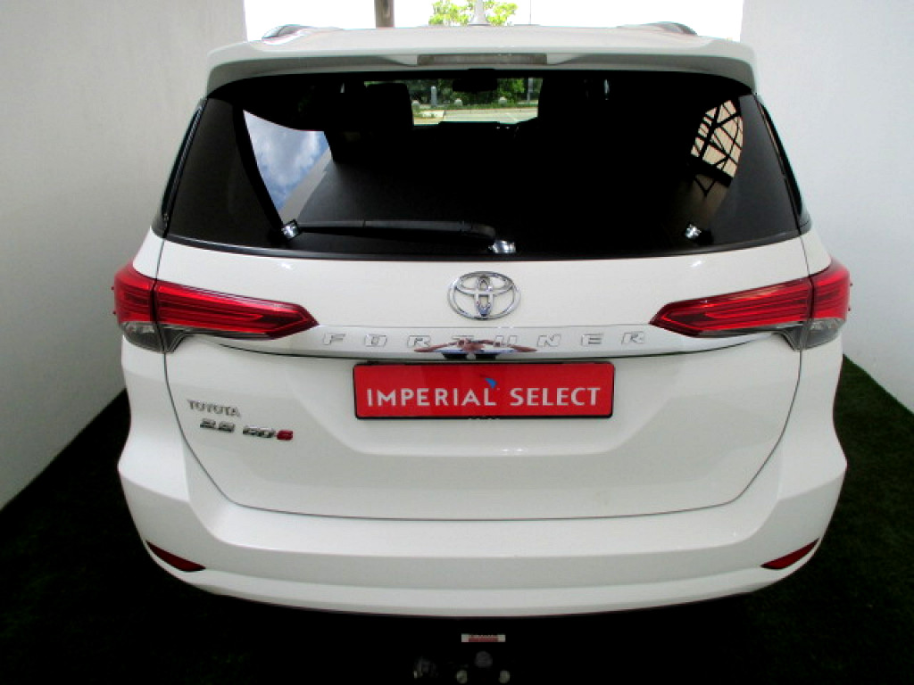 2017 TOYOTA FORTUNER 2.8 GD‑6 R/B A/T