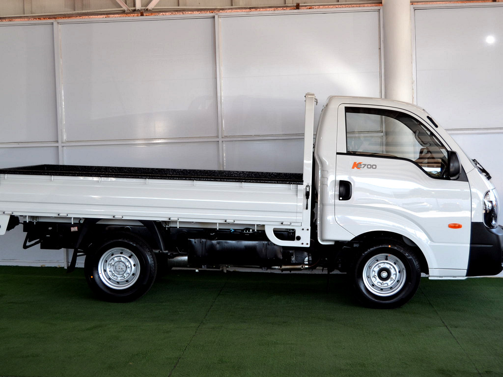 2018 K2700 SINGLE WHEEL AIRCON