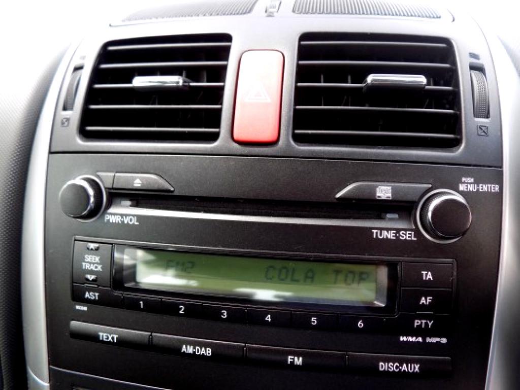 2012 Toyota Auris 180 XR HSD (HYBRID)