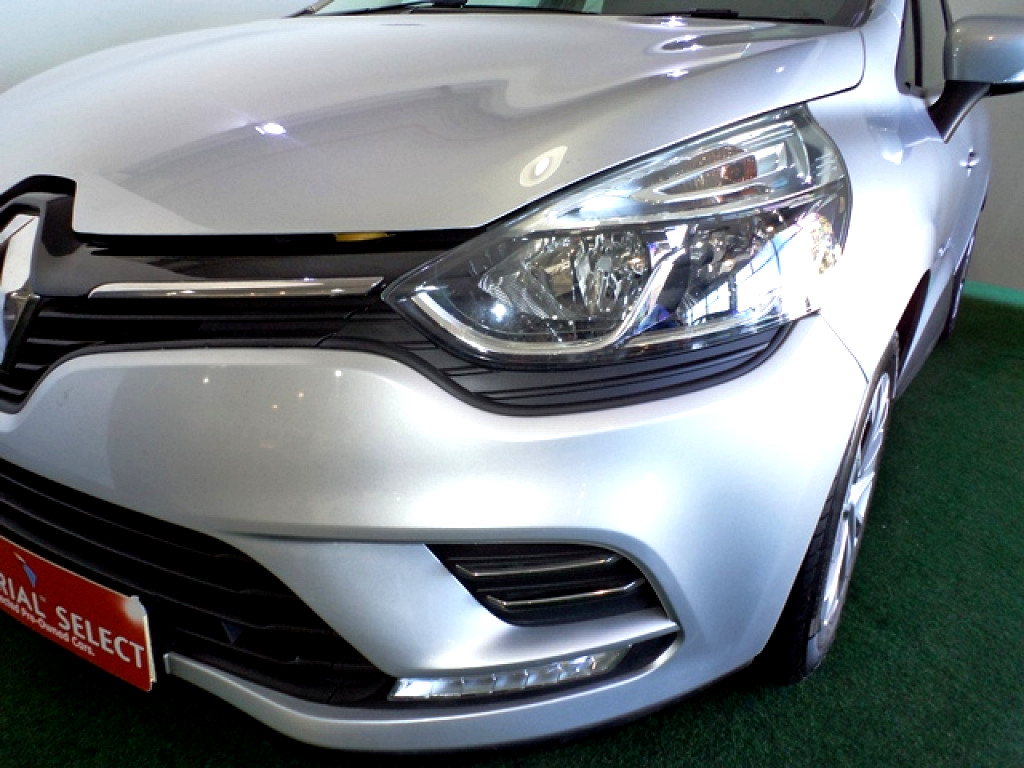 2017 Clio 4 900Turbo Blaze Ltd Ed. 5 DR