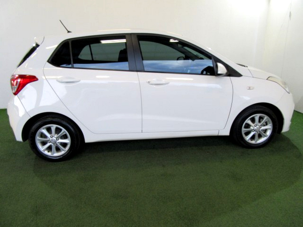 2015 HYUNDAI GRAND i10 1.2 MOTION
