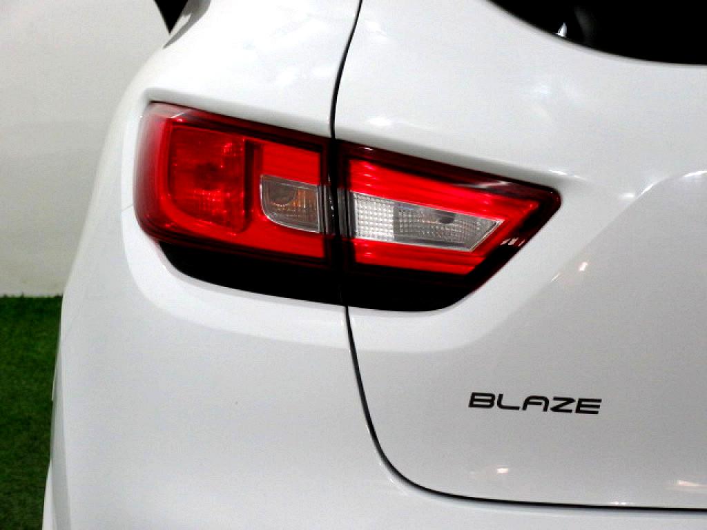 2016 Clio 4 66KW Turbo Blaze Ltd Ed.