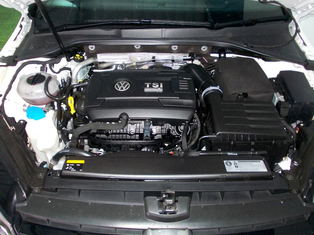2016 Volkswagen Golf VII 2.0 TSI R DSG