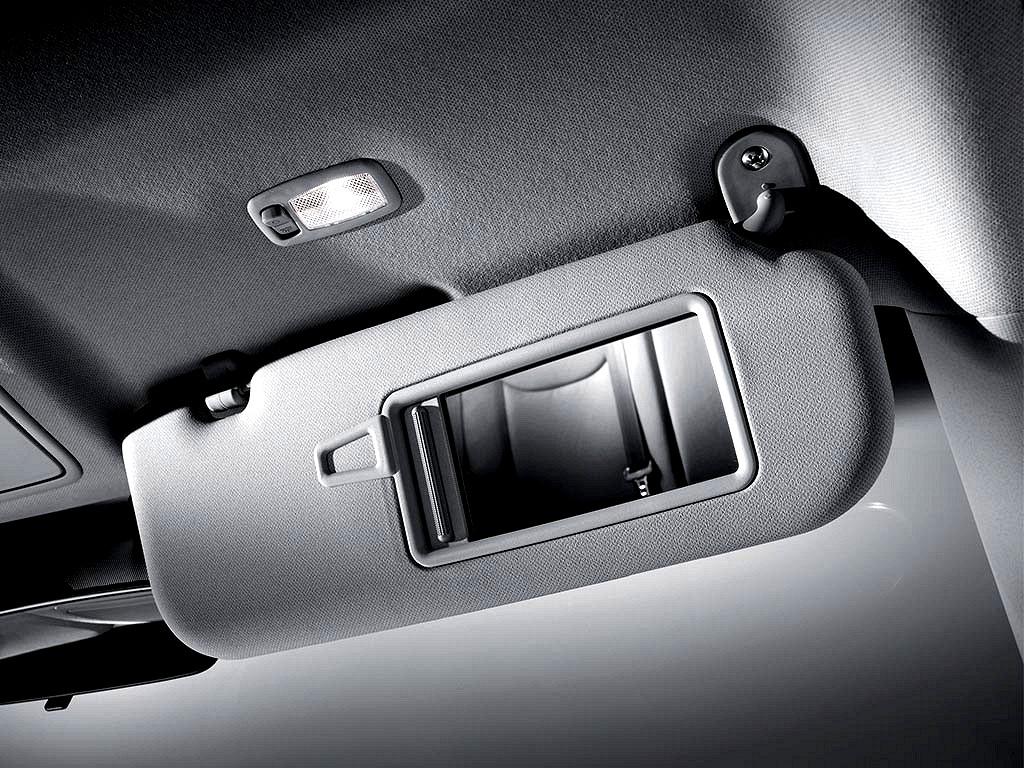 Hyundai ELANTRA 2001 - ON