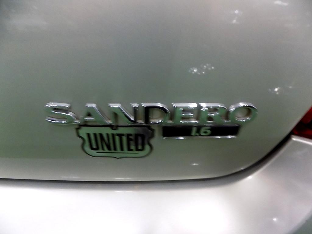 2010 SANDERO1.6 EXP PACK (UNITED)