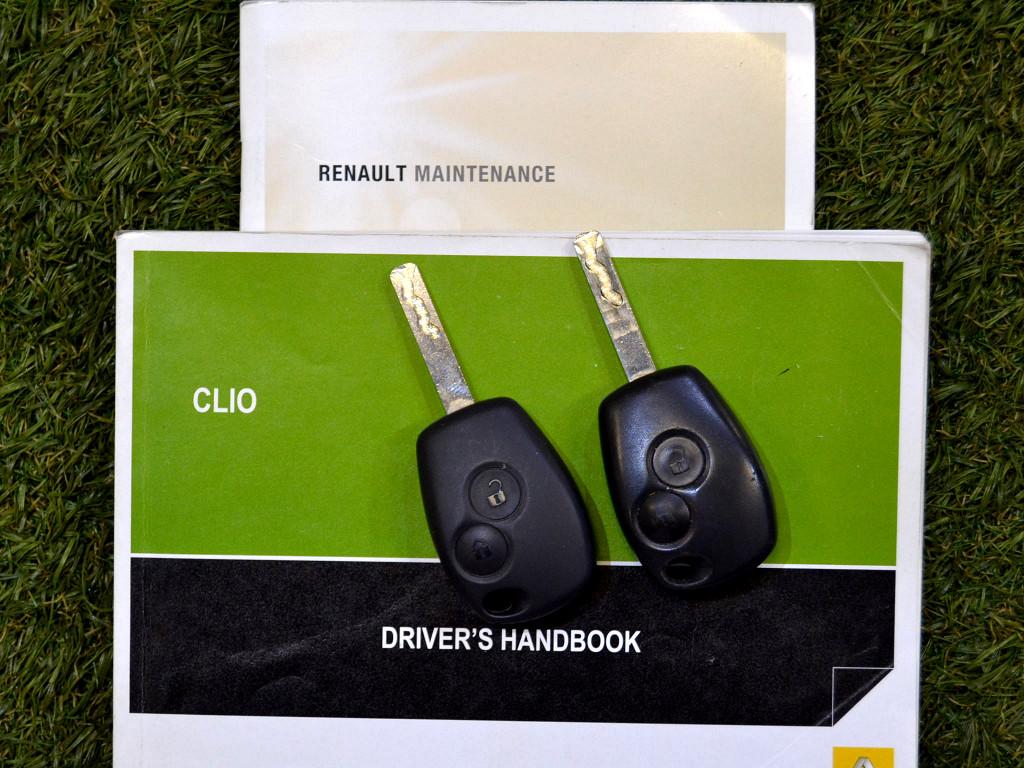 2012 CLIO YAHOO!