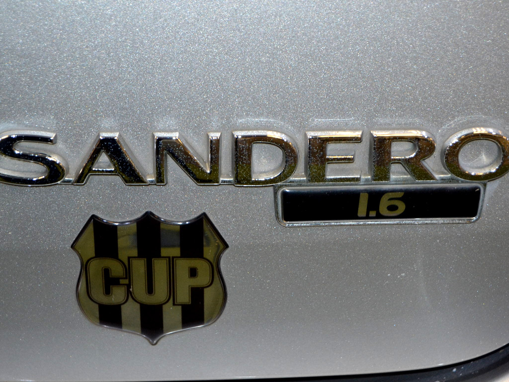 2011 SANDERO 1.6  cup