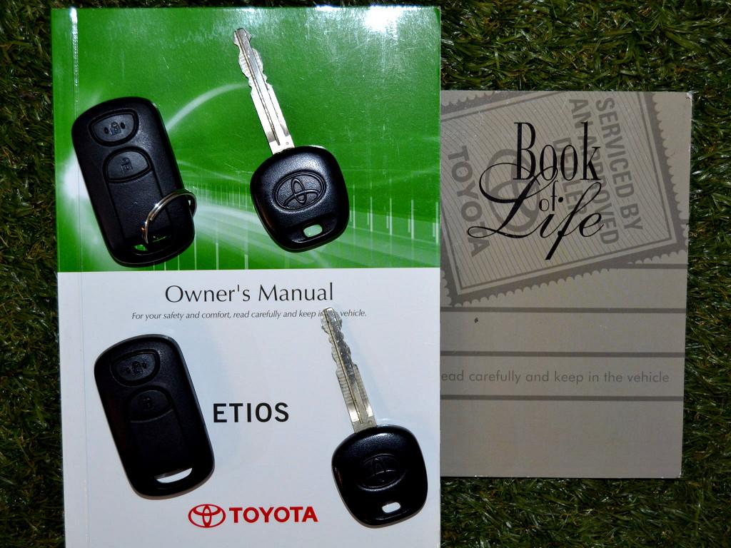 2016 Toyota Etios 1.5 Xs / Sprint 5Dr