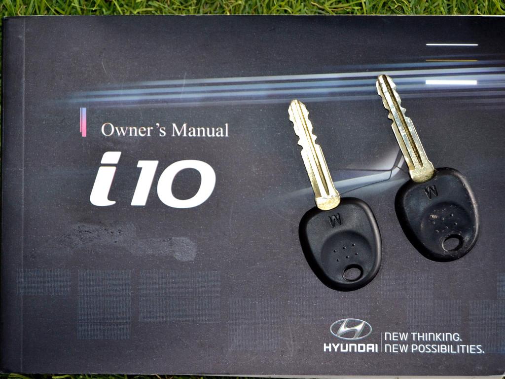 2013 i10 1.1 MOTION MANUAL