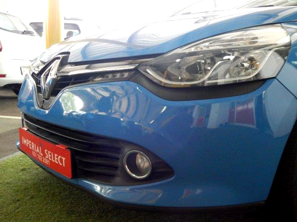 2014 clio 4 expression 66kw turbo at imperial select renault pinetown. Black Bedroom Furniture Sets. Home Design Ideas