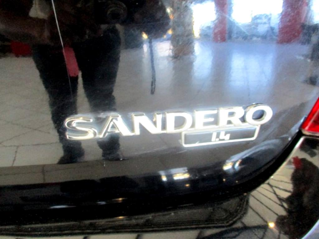 2014 Sandero 1.4 Ambiance Plus
