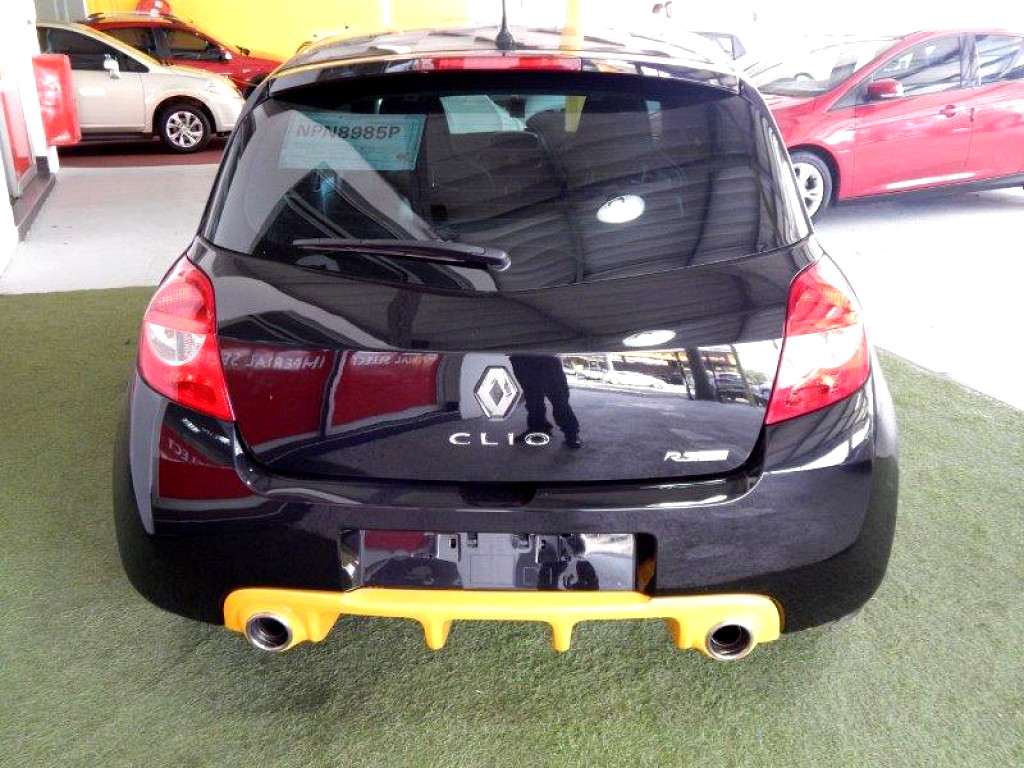2012 Renault Clio Clio Iii 2.0 Sport Red Bull Ed 3dr