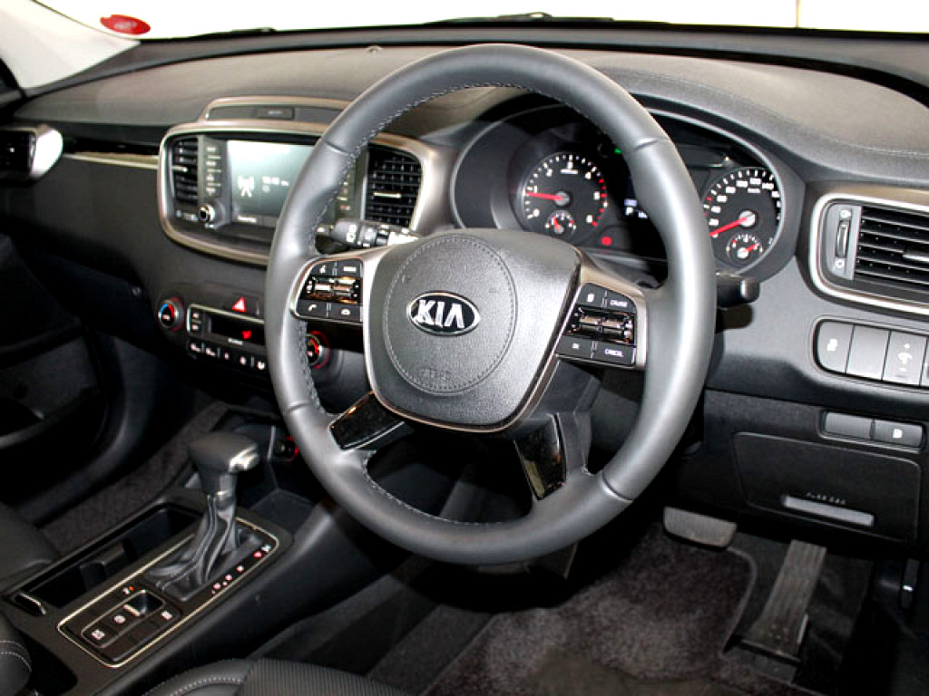 2019 SORENTO 2WD 2.2D 8AT 7SEATER LX