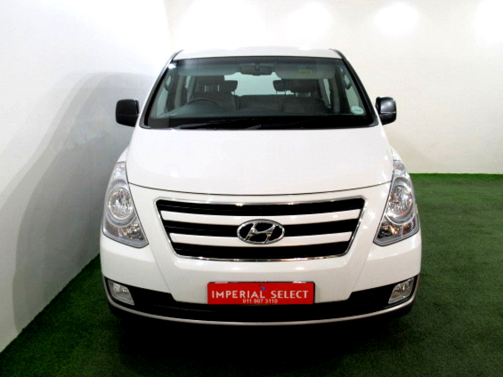 2018 H1 2.4 9 SEATER BUS M/T INFOTAINMENT